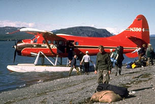 de Havilland Otter loading
